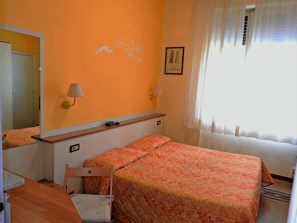 Camera Matrimoniale - Bagno Privato | Hotel La Torre Pisa